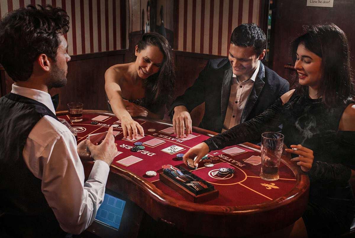 Стоит ли заводить друзей в сообществе игроков в онлайн казино?